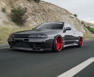 Woha,  take a look at this Nissan!